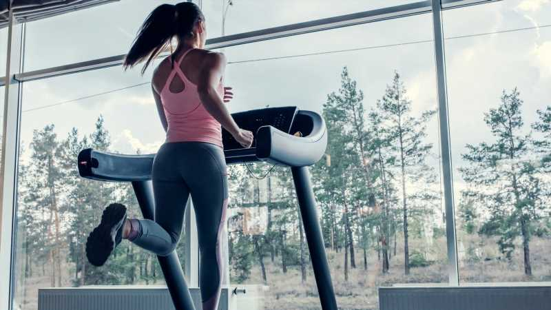 When you use a treadmill every day, this is what happens to your body