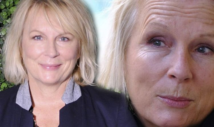 Jennifer Saunders health: 'Wanted to cry all day' Star discusses her breast cancer ordeal