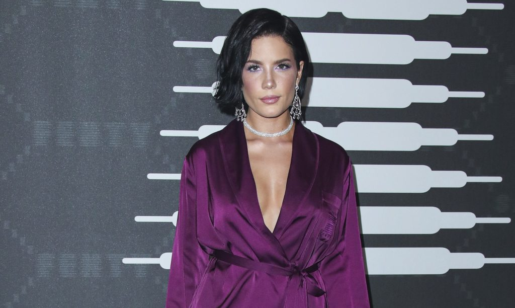 Halsey's Stress Over Her Prenatal Vitamins Says a Lot About the Pressure of 'Pregnancy Perfection'